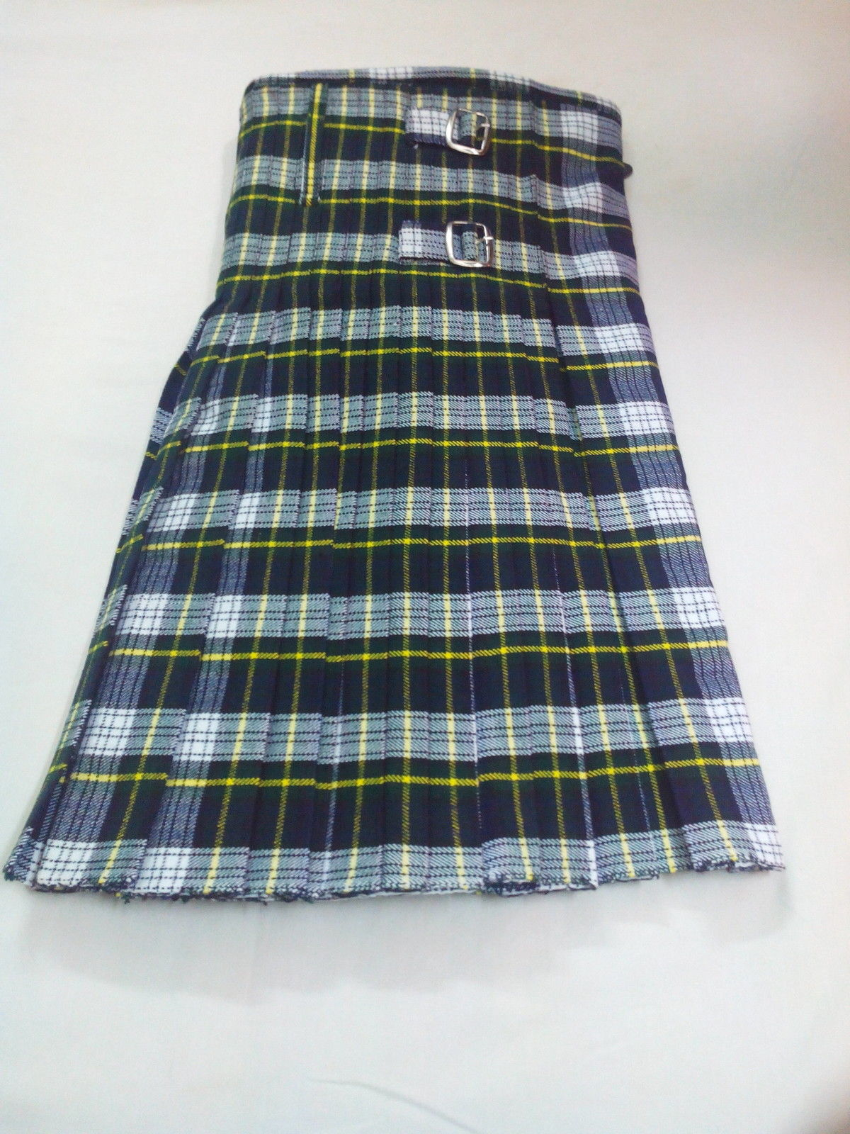 8-Yards-Scottish-Kilt-Dress-Gordon-front (1)