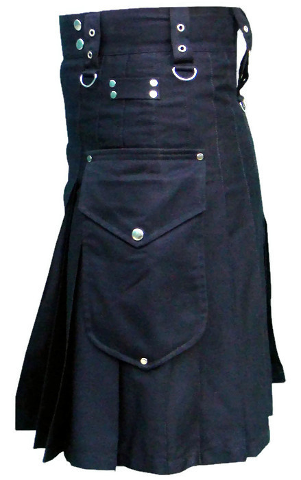 Black-Deluxe-Utility-Kilt-with-Cargo-Pockets-sidell
